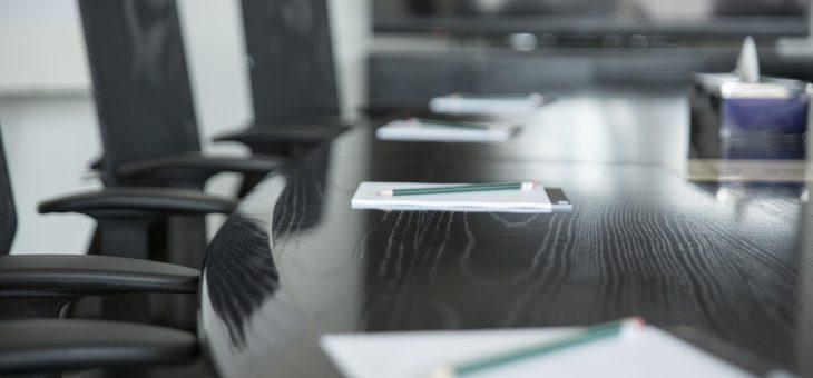 Jak vybrat nábytek do zasedací místnosti?